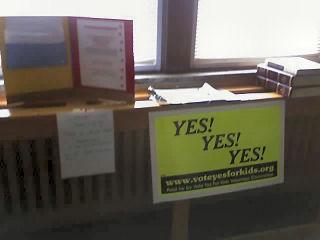 http://www.letduluthvote.com/NewImagedings/Yes_Y_Y_EHSTeachLounge_10-17_50.jpg